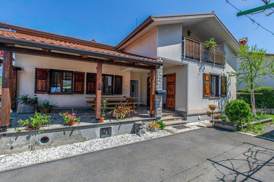 Apartment in Slovenia, Divača