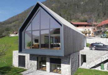 Villa in Slovenia, Zatolmin