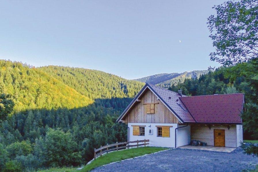 Villa to rent in Sv. Primož na Pohorju