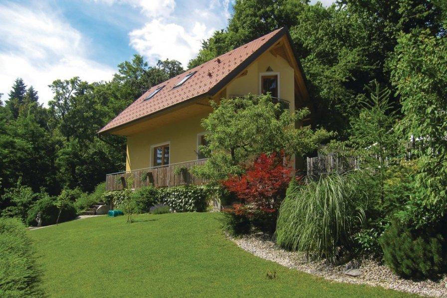 Villa in Slovenia, Zvodno