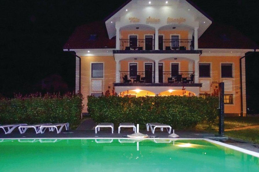 Apartment in Slovenia, Pišece