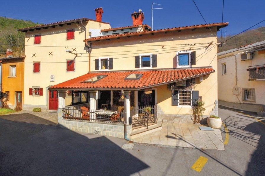 Villa to rent in Cepki