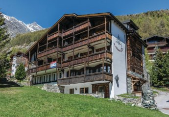 4 bedroom Apartment for rent in Saas Fee