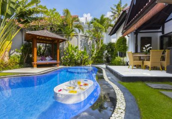 3 bedroom Villa for rent in Seminyak