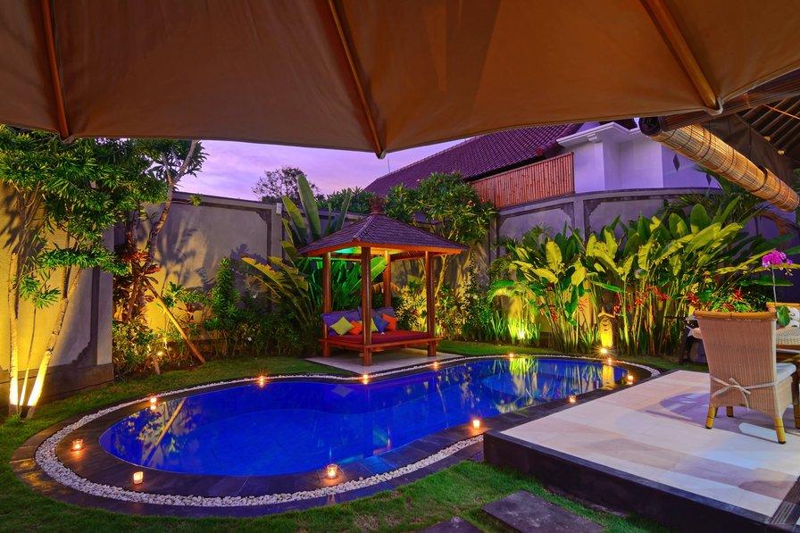 VILLA KIBBI - BEACH Seminyak Bali - 5 star reviews