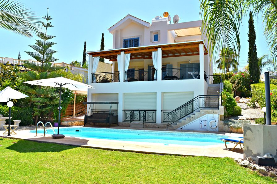 Latchi Beach Villa - 100m from Blue Flag Beach - Sea Views - Pool