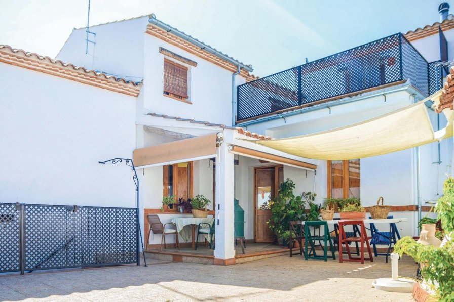 Villa to rent in villanueva del rey spain 218361 for Villas del rey