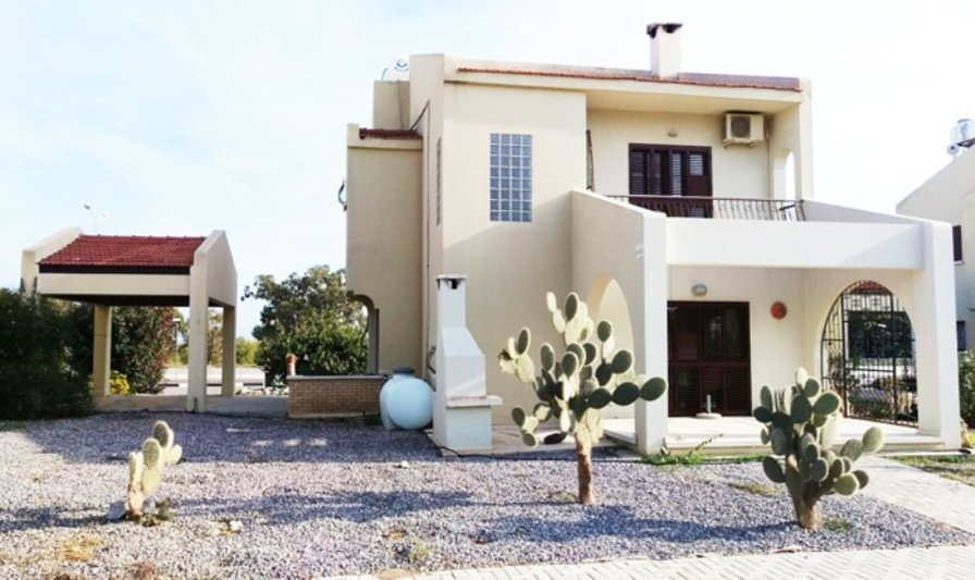 North Cyprus villa for Holiday Rentals, sea and sandy beach!