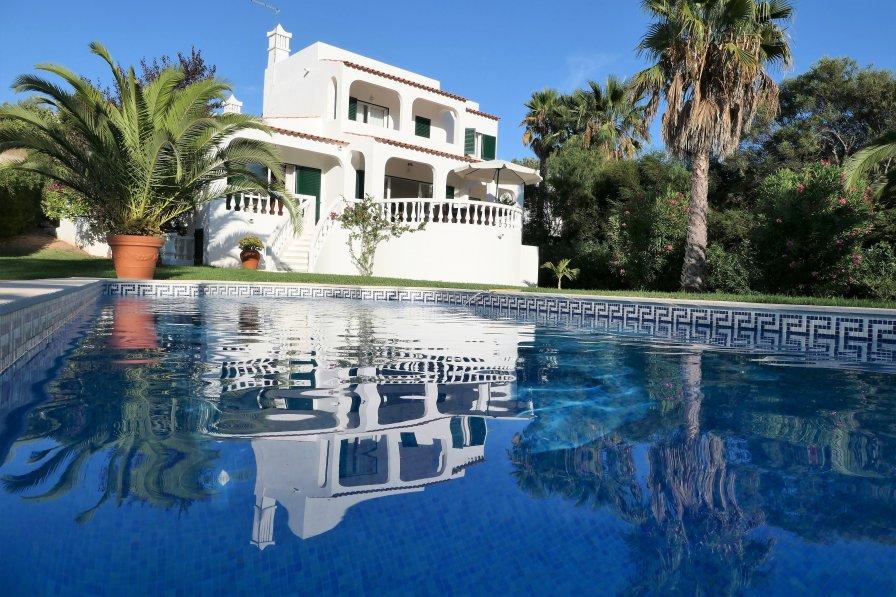 Villa in Portugal, Carvoeiro