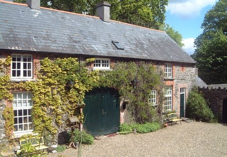 Cottage in Ballymulcashel, Ireland: Lodge - 2 bedrooms sleeps 5