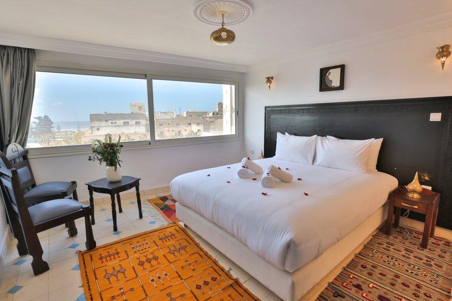 Riad Diamand Blanc : Triple Sea View with Balcony