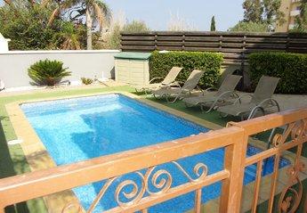 2 bedroom Villa for rent in Pernera