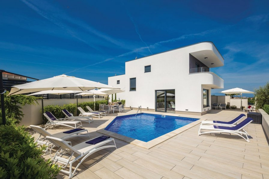 Villa To Rent In Zidari I Croatia With Swimming Pool 220288