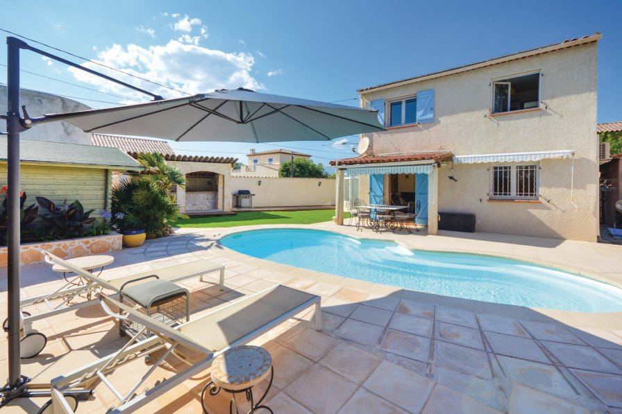 Les Groules-Les Breguieres holiday villa rental with private pool