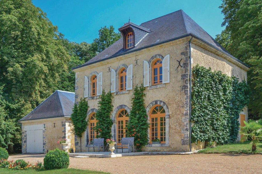 Villa in France, Saint-Christophe-sur-le-Nais
