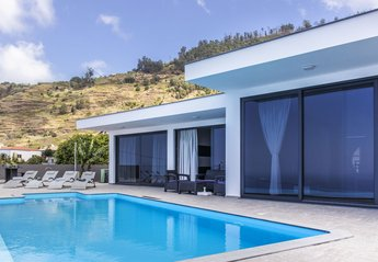Villa in Portugal, Ledo