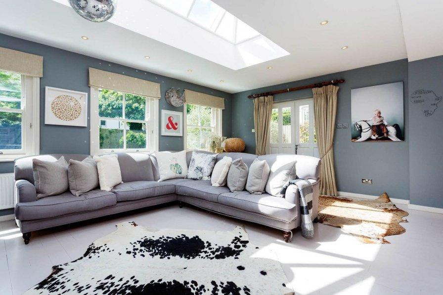 Magnificent Maison