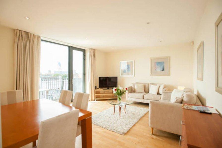 Modern 2bed Antonine apartment off London Bridge