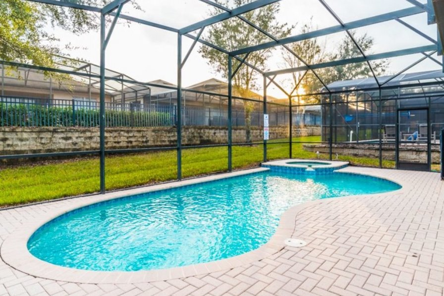 villa to rent in kissimmee florida with shared pool 221284. Black Bedroom Furniture Sets. Home Design Ideas