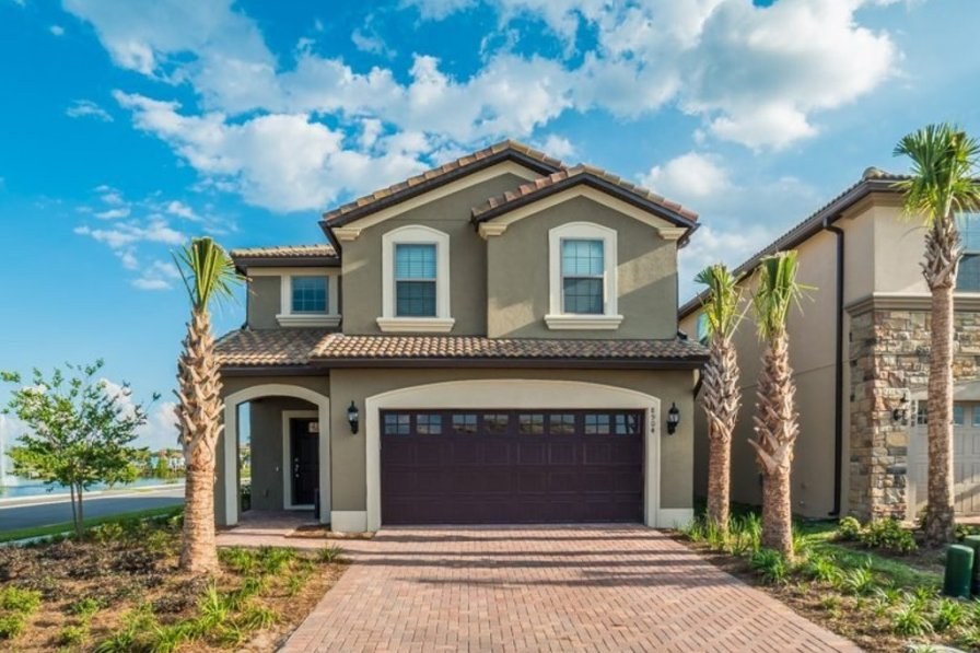 villa to rent in kissimmee florida with shared pool 221550. Black Bedroom Furniture Sets. Home Design Ideas