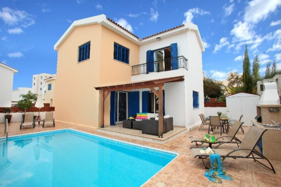 Villa To Rent In Protaras Cyprus With Swimming Pool 221716