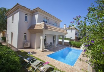 3 bedroom Villa for rent in Paralimni