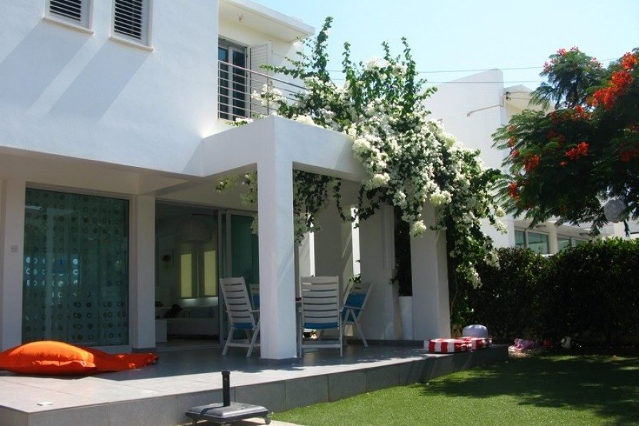 Protaras Holiday Villa Bougainvillea, Close to Mimoza Beach