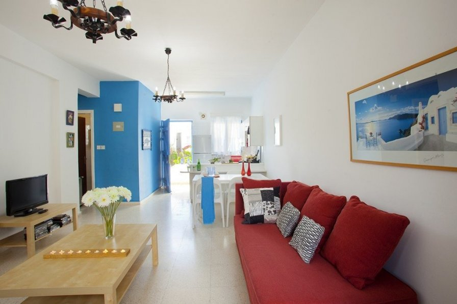 The Blue Suite, Protaras Holiday Apartment, Close to Beach