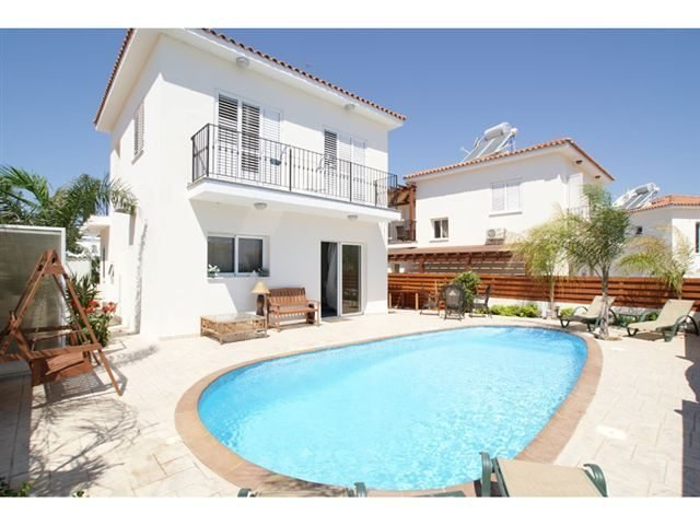 """Villa Dione """"Minutes from the Beach"""""""