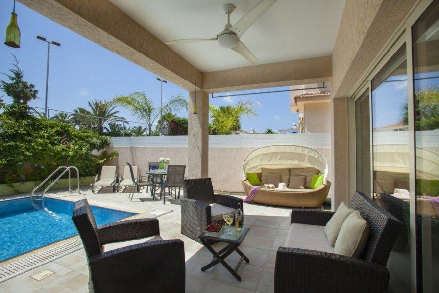 "Villa Michelle 7 ""with Beautiful Private Pool"""