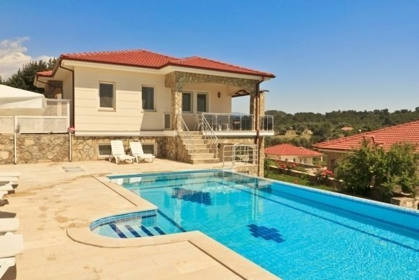 """Villa Bellevue """"with a Luxury Infinity Private Pool"""""""