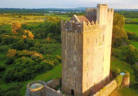 Chateau in Ballyporty South, Ireland: DCIM\100MEDIA\DJI_0147.JPG