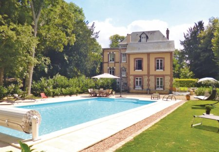 Villa in Fleury-sur-Andelle, France