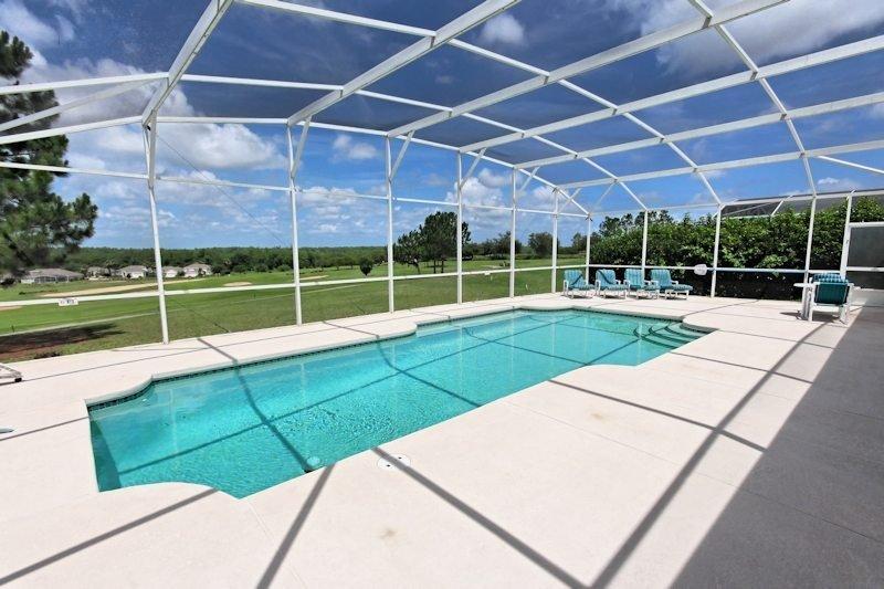 Villa with private pool in Davenport