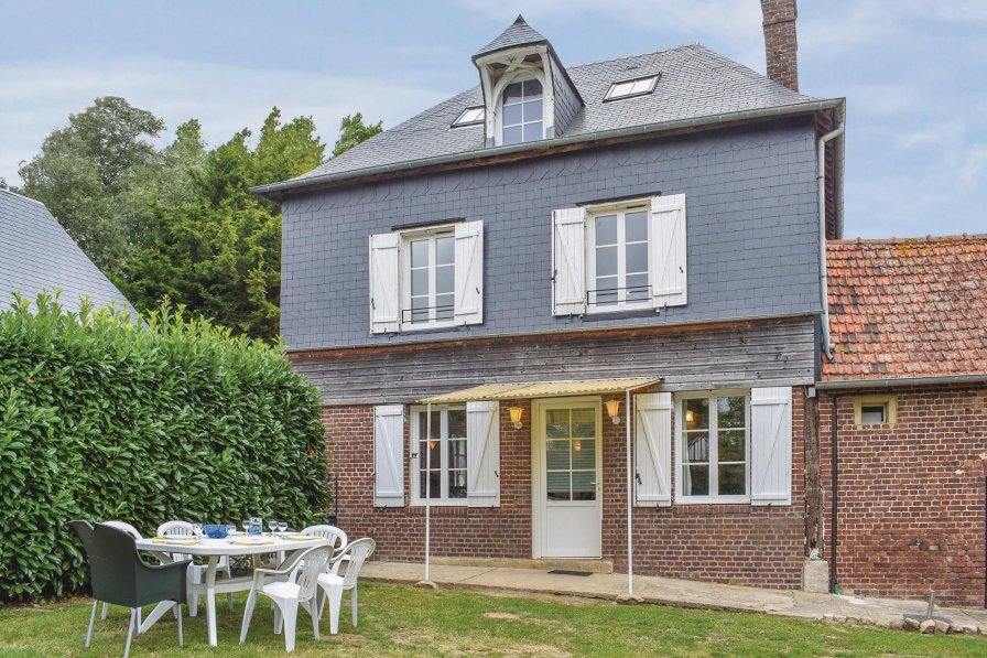 Villa in France, Le Bourg-Dun