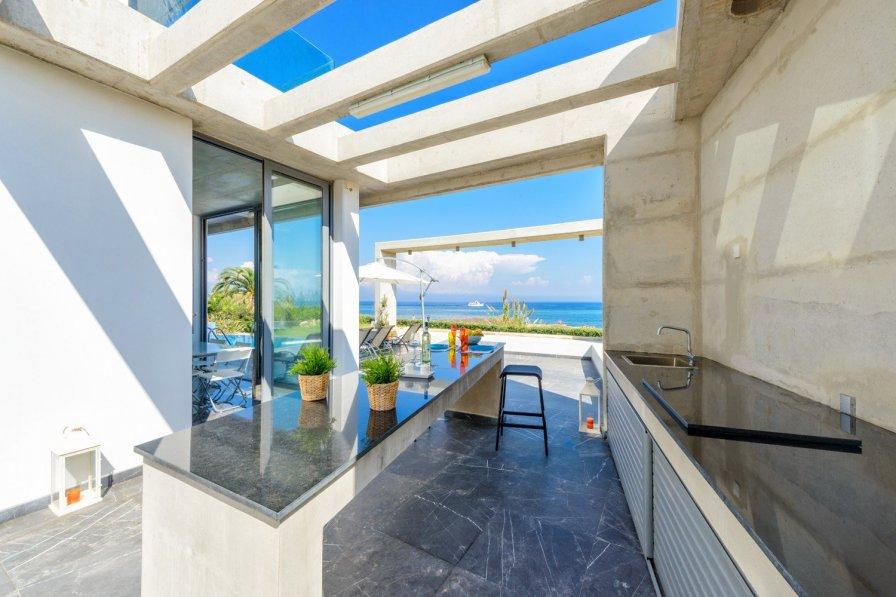 Emerald Beach Villa