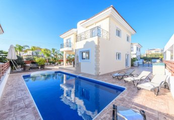 4 bedroom Villa for rent in Ayia Napa