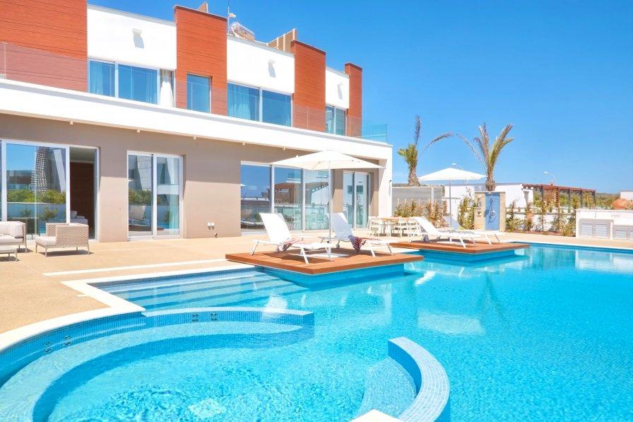 Ammos Seafront Villa #1