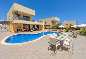 4 bedroom Villa for rent in Paralimni