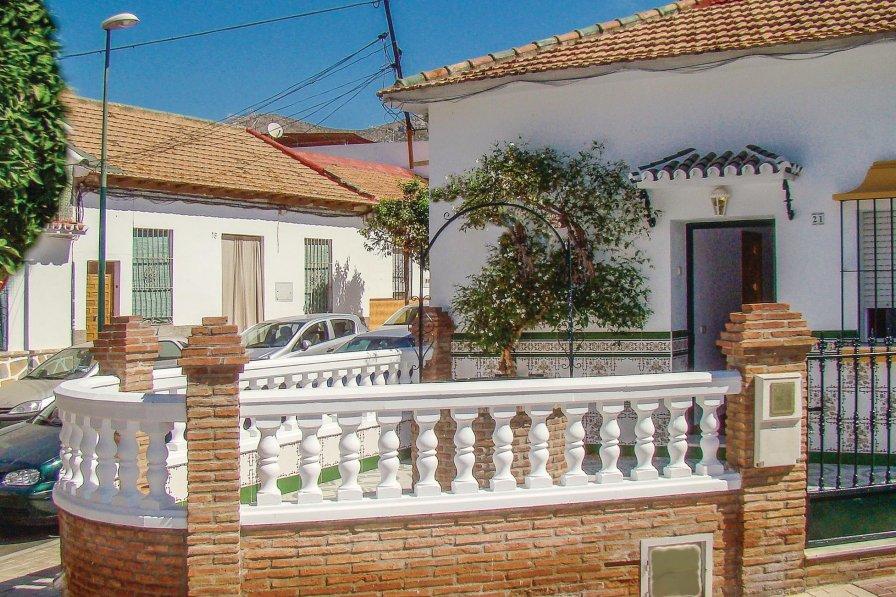 Villa To Rent In Las Cuevas M 225 Laga Spain 222013