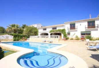 4 bedroom Apartment for rent in Javea