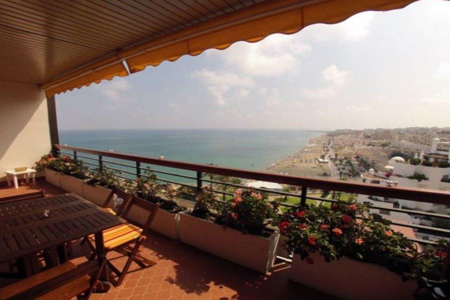 Apartment in Torremolinos - 104596