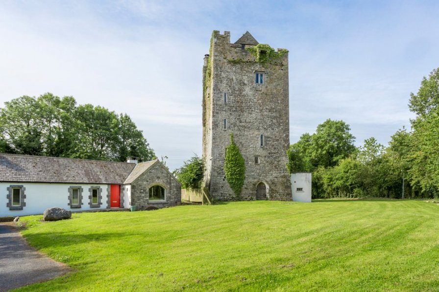 Chateau in Ireland, Ballybur Upper