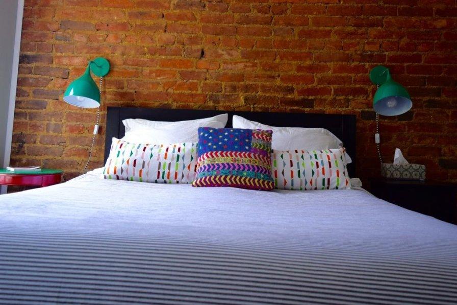 Cozy 2 Bedroom 2.5 Bathroom Apartment