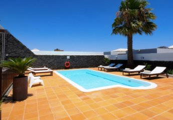 4 bedroom Apartment for rent in Playa Blanca