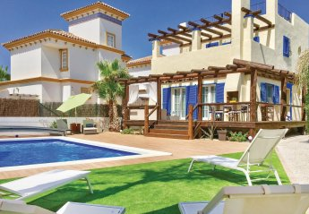 4 bedroom Villa for rent in Vera Playa