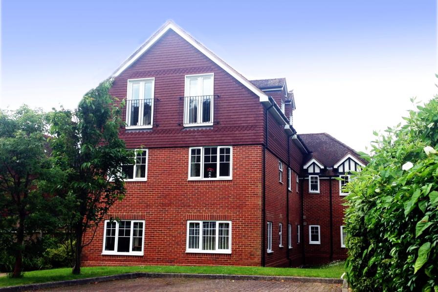 St Raphael House, City Centre Charming Apartments