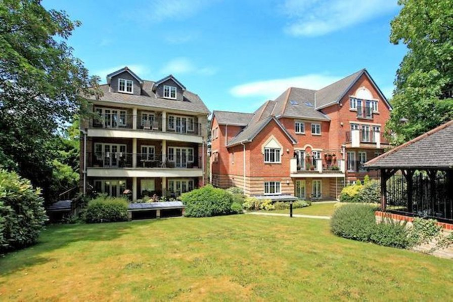 Westlands House 1 bed, City Centre, Home-From-Home