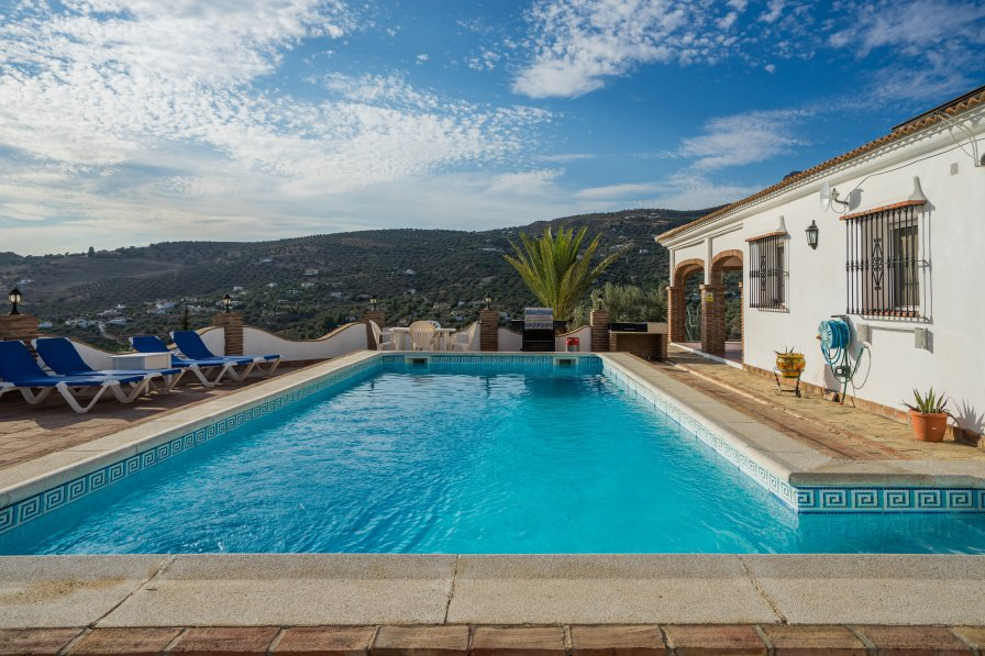 Villa to rent in alcauc n spain with private pool 224472 - Houses to rent in uk with swimming pools ...