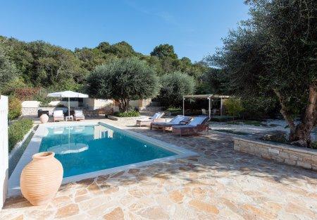 Cottage in Kassiopi, Corfu